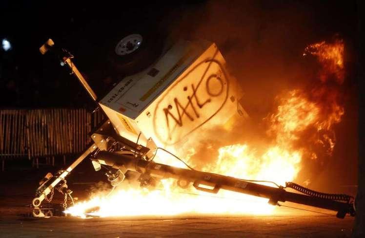 milo_riots-001