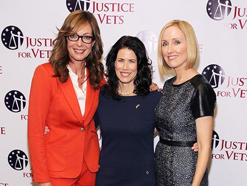 Melissa Fitzgerald, Allison Janney, Janel Moloney