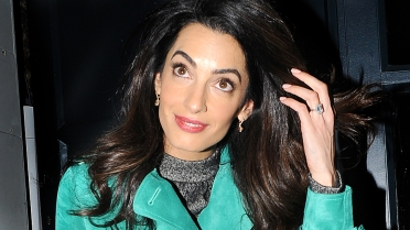 Amal Clooney leaves the Frontline Club and arrives at Roka restaurant in Mayfair Featuring: Amal Clooney Where: London, United Kingdom When: 07 Oct 2015 Credit: WENN.com